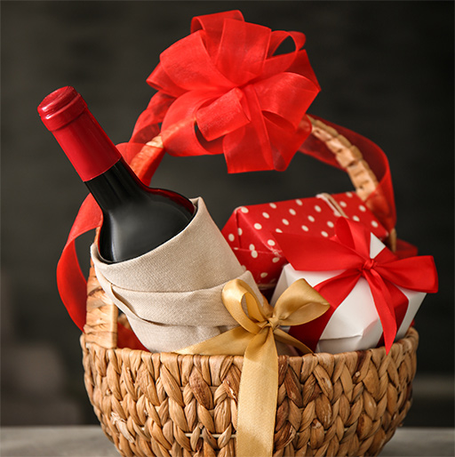 Our Wine, Beer & Spirits Gift Ideas for Bosses & Co-Workers